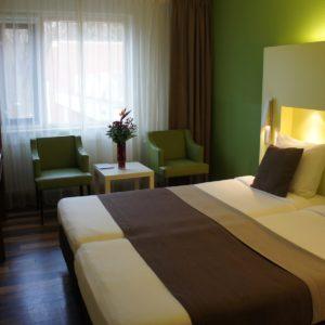 5050 Hotel Belmont