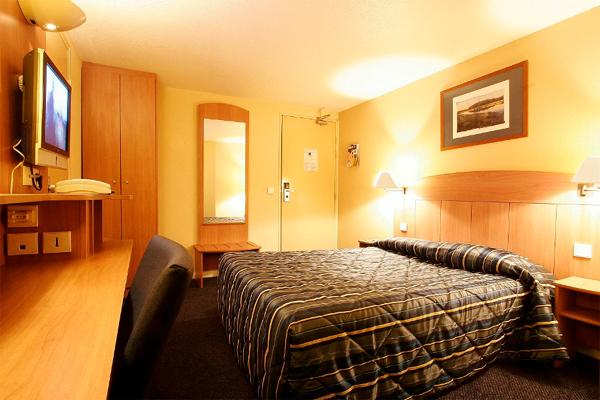 Hotel Villeneuve la Garenne
